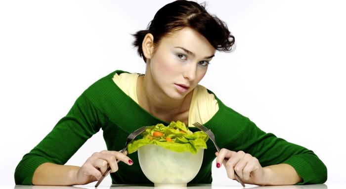 Почему бывает трудно сидеть на диете?