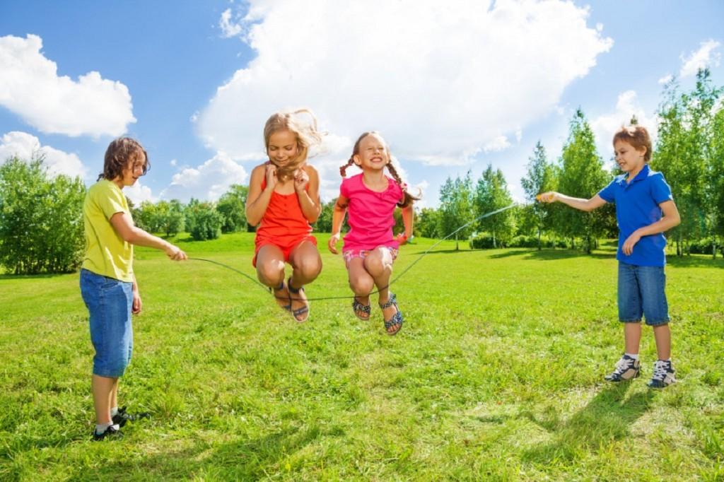 photos of girls jumping double dutch № 12766