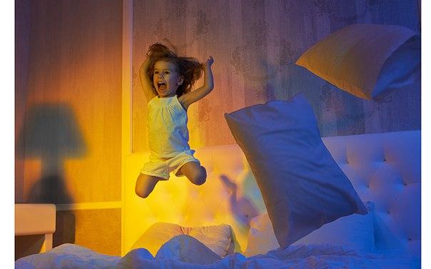 почему дети играют ночью
